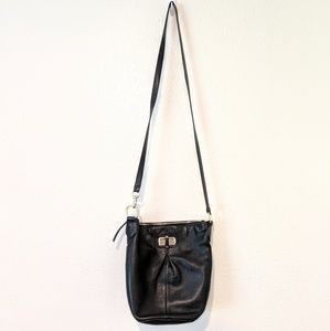 B.makowsky black leather crossbody purse